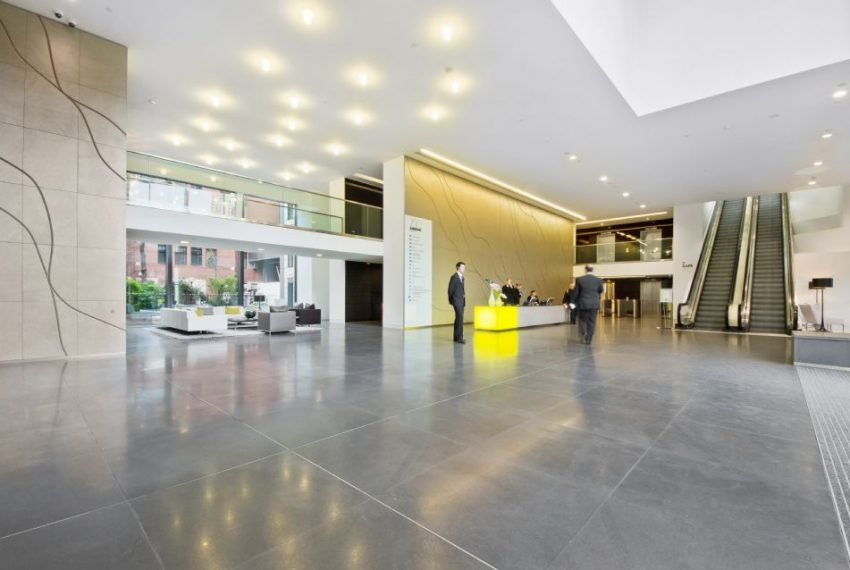 i2 - 200 Aldersgate - Reception